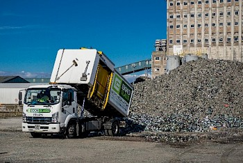 Ekko Glass Recycling truck dumpling crushed glass for recycling
